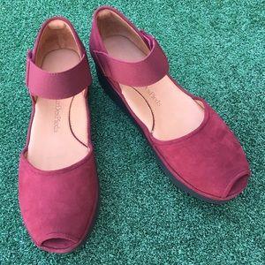 L'Amour Des Pieds Amadour Platform Sandal 8